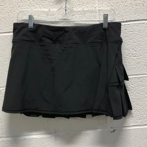 Lululemon black skirt, sz 8, 63299